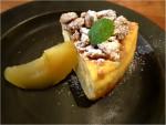 リンゴのクランプルチーズケーキ