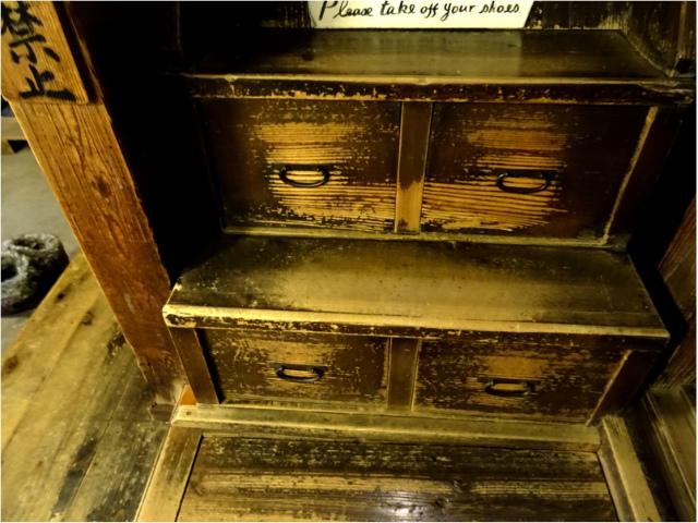 階段(引き出し)