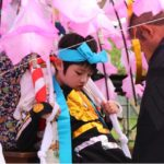 五穀豊穣と子供の成長を願う〜県指定文化財「古尾谷八幡神社のほろ祭」〜