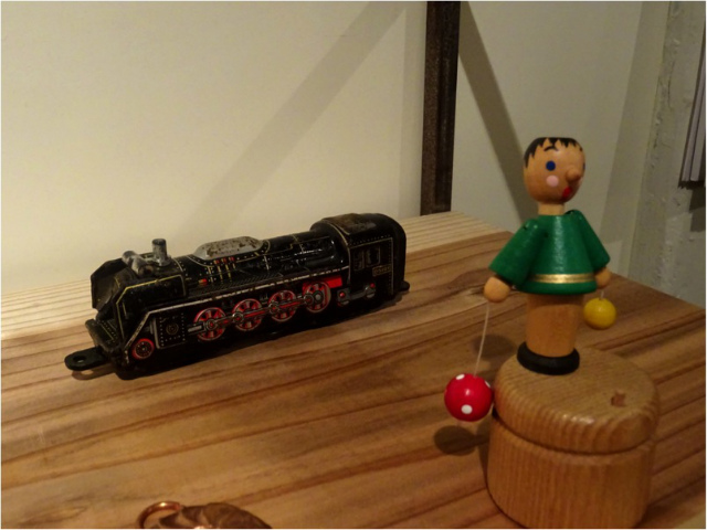 ブリキの機関車
