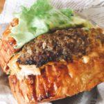 川越の老舗喫茶店が作る期間限定ハンバーガーは肉汁したたる本格派〜シマノコーヒー大正館〜
